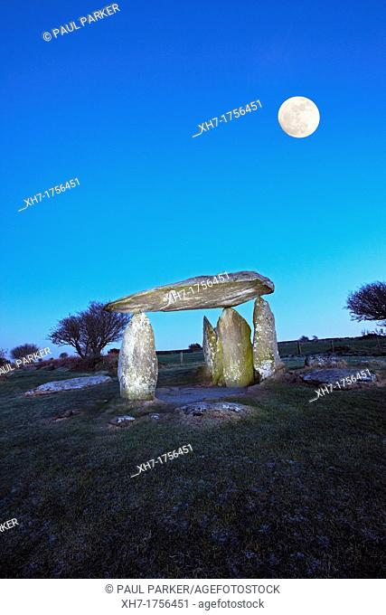 Pentre Ifan, Neolithic Burial Chamber, West Wales, UK Long exposure and paining with light