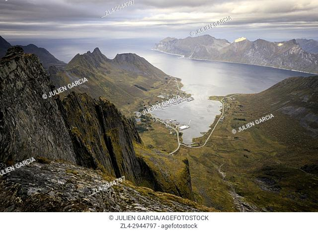 Norway, Troms County, north of the Arctic Circle, Senja island between Tromso and the Lofoten islands, trek to the summit of Roalden (862m)