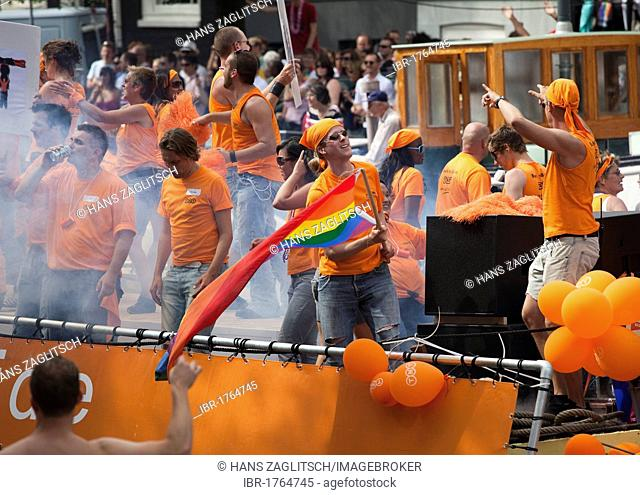 Gay parade on the Prinsengracht and the Amstel, August 2009, Amsterdam, Holland, Netherlands, Europe