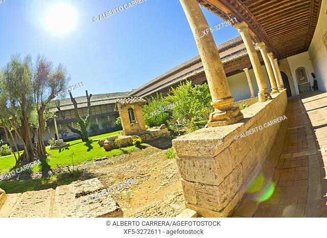 Sancti Spiritus el Real Monastery, Cloister, Toro Museum of Sacred Art, Heritage Cultural Property, Toro, Zamora, Castilla y León, Spain, Europe