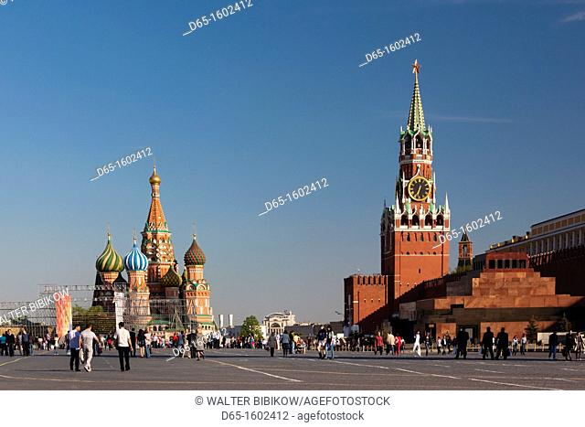 Russia, Moscow Oblast, Moscow, Red Square, Saint Basils Cathedral and Kremlin Spasskaya Tower