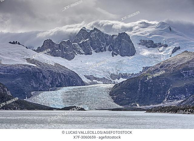 Pia Glacier, from Pia bay, in Beagle Channel (northwest branch), PN Alberto de Agostini, Tierra del Fuego, Patagonia, Chile