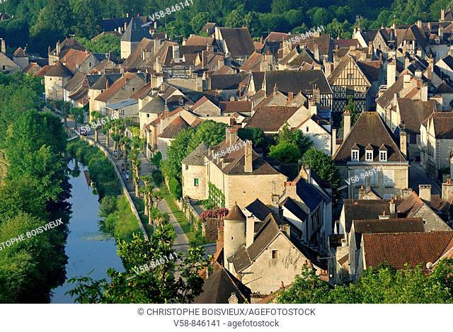 Noyers-sur-Serein, Yonne, France