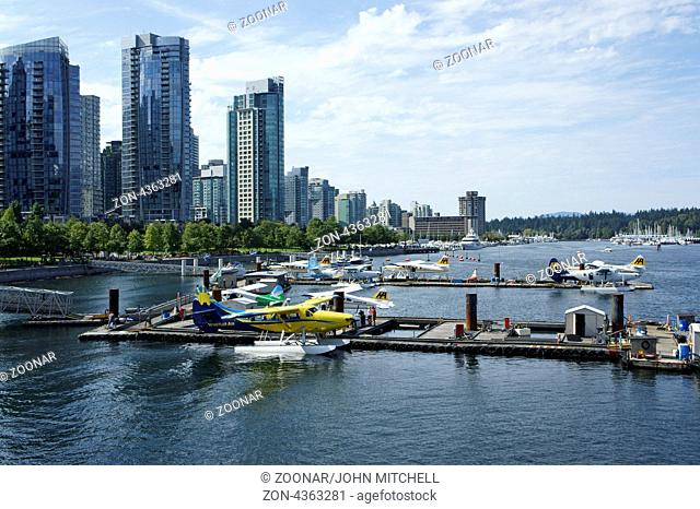 Floatplanes or seaplanes docked in Vancouver