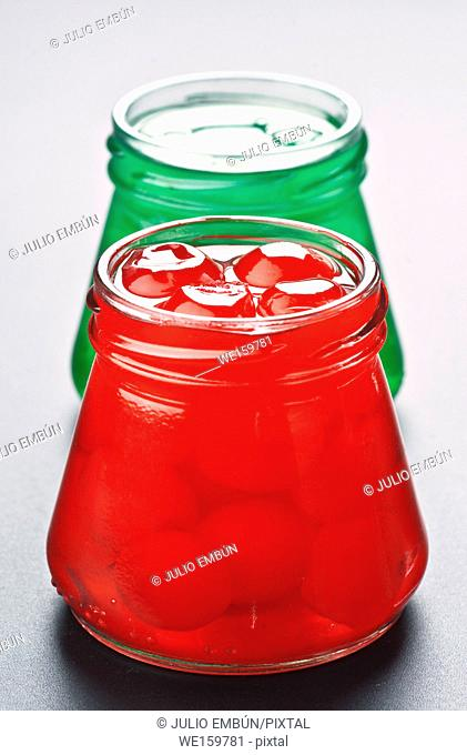 canned cherry caramelized in syrup