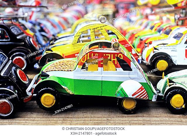 recycled tinplate handmade toy cars Madagascar sold on the market of Antananarivo, Madagascar, Indian Ocean, Southeast Africa, Madagascar, Ocean Indien, Afrique