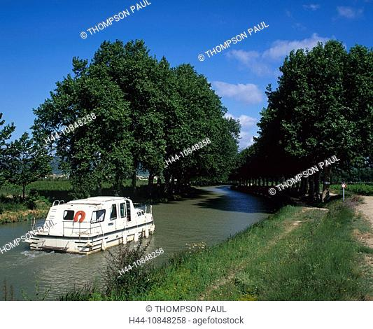 France, Europe, Canal du midi, motor, Boat, holiday, sailing, down, French, countryside, Aude, Languedoc, Roussillon