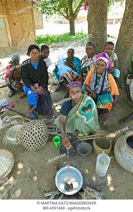 Women sitting under the village tree, ethnic group of Pokomo, Pokomo settlement, Mbelezoni, Tana River Delta, Kenya