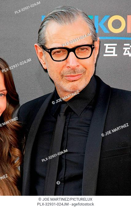 Jeff Goldblum and Emilie Livingston at the premiere of 20th Century Fox's Independence Day: Resurgence at TCL Chinese Theatre on June 20, 2016 in Hollywood
