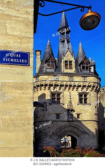 Porte Cailhau, one of the former gate of the Old Bordeaux, Gironde, Aquitaine, France