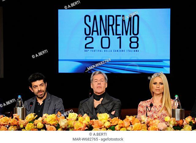 Michelle Hunziker, Claudio Baglioni, Pierfrancesco Favino sanremo 10-01-2018