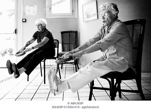 Reportage in a retirement home in Marly-le-Roi, Les Yvelines in France. The weekly gym session for residents