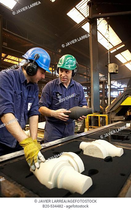Instalación automática de moldeo, Fundiciones Urbina, Fabricacion de piezas de hierro en fundicion gris con grafito esferoidal y laminar, Legutiano, Araba