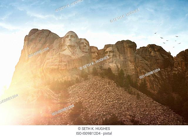 Sunlit view of Mount Rushmore, Keystone, South Dakota, USA