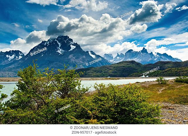 Torres del Paine, Torres del Paine near Puerto Natales, Región de Magallanes y de la Antártica Chilena, Chile