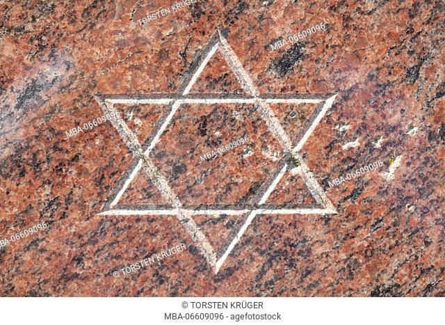 Star of David on the memorial stone to the destruction of the synagogue at the pogrom night in 1938, Bremerhaven, Bremen, Germany