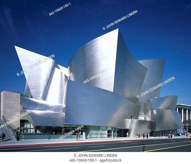 Walt Disney Concert Hall, Downtown Los Angeles. South elevation. Architect: Gehry Partners. keyworded VC 2004