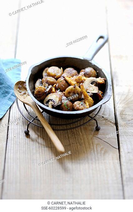 Pan-fried chestnuts-mushrooms