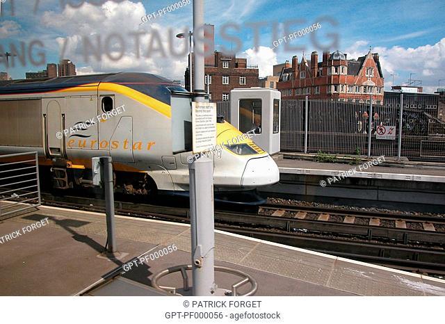 EUROSTAR TRAIN, WATERLOO STATION, LONDON, GREAT BRITAIN
