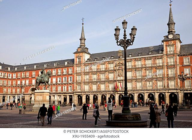 the central square Plaza Mayor, Madrid, Spain, Europe