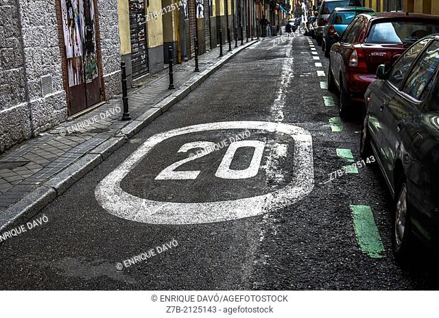 Speed limit in a roadway of a central street of Madrid, Spain