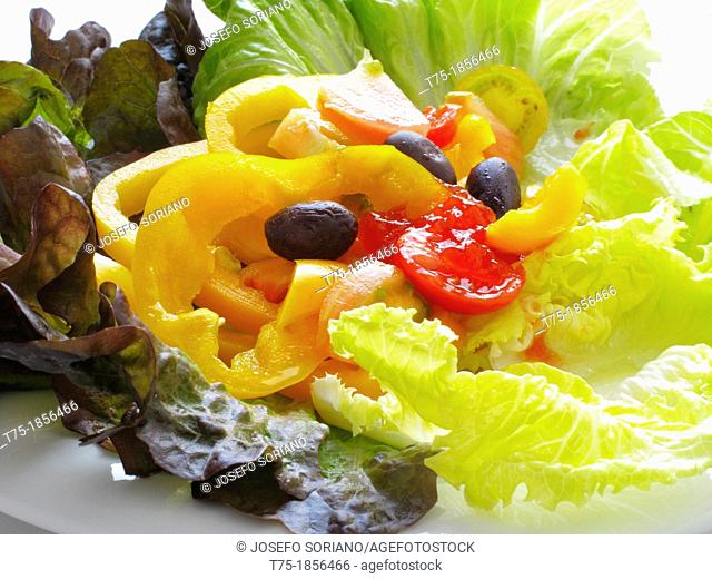 Salad with olives and yellow peppers