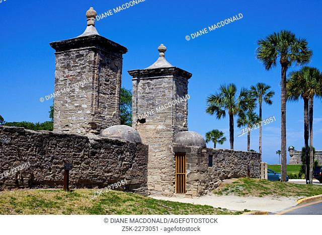 St Augustine is the ildest city in the United States. The city gates mark the entrance to the historic district. Castillo San Marco can be seen in the...
