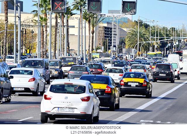 Traffic. Avinguda Diagonal, Barcelona, Catalonia, Spain