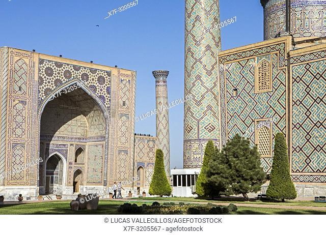 At right Ulugbek Medressa, at left Sher Dor Medressa, Registan, Samarkand, Uzbekistan