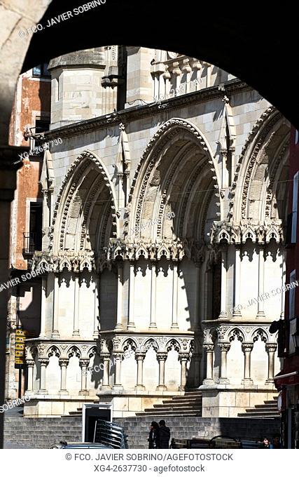 """Fachada neogótica de la catedral de Santa María y San Julián - Cuenca â. """" Castilla La Mancha â. """" España - Europa"""
