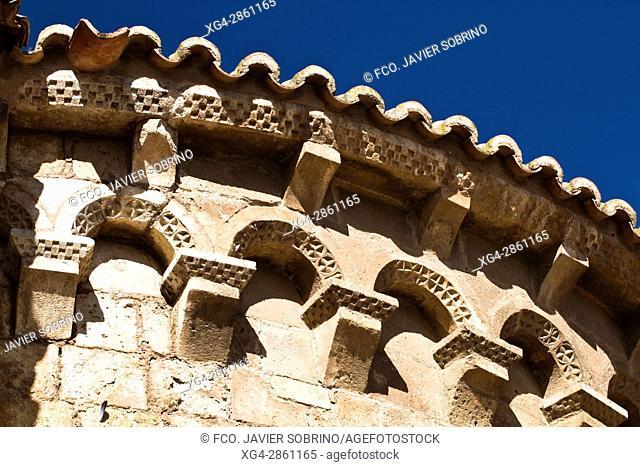 Ã. bside de la iglesia románica de San Miguel - Daroca - Zaragoza - Aragón - España - Europa