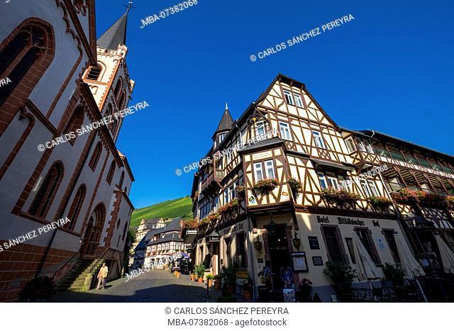 Old town of Bacharach, half-timbered buildings, UNESCO World Heritage, Mittelrheintal valley, Rhineland-Palatinate, Germany, Europe
