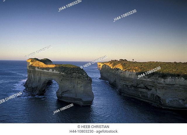 Australia, Great Ocean Road, Loch Ard Gorge, Port Campbell, national park, Victoria, cliffs, coast, landscape, twili