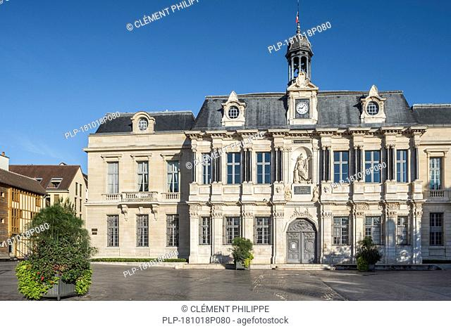 17th century Hôtel de Ville / town hall of the city Troyes in Louis XIII style, Aube, Grand Est, France