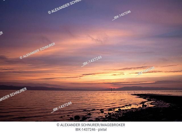Sunrise at Horn floating on Lake Constance, looking towards Unteruhldingen, Dingelsdorf, Konstanz, Baden-Wuerttemberg, Germany, Europe