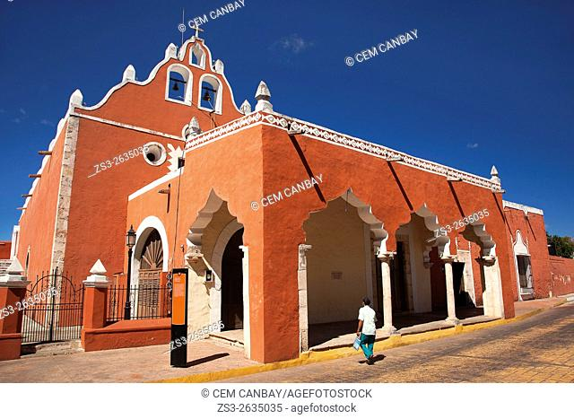 Man in front of the Candelaria Church, building once functioned as a Franciscan Monastery, Valladolid, Yucatan Province, Mexico, Central America