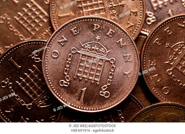 British currency, selection of 1 penny copper coins
