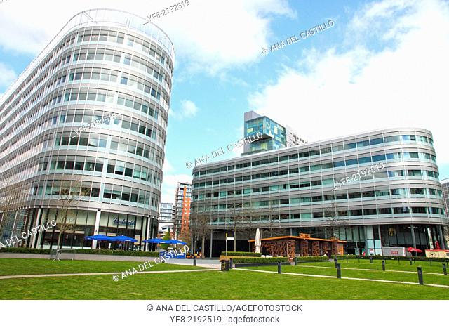 Spinningfield is a modern area was specially developed in the 2000s as a business, retail and residential development of Manchester, UK