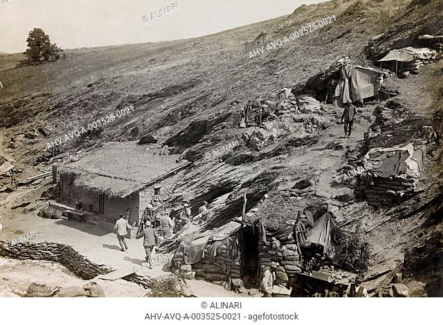 World War I: Italian army barracks in the mountains, shot 1916 by Stabilimento Fotografico Militare