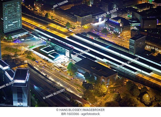 Aerial view, night shot, main train station, Essen, Ruhrgebiet region, North Rhine-Westphalia, Germany, Europe