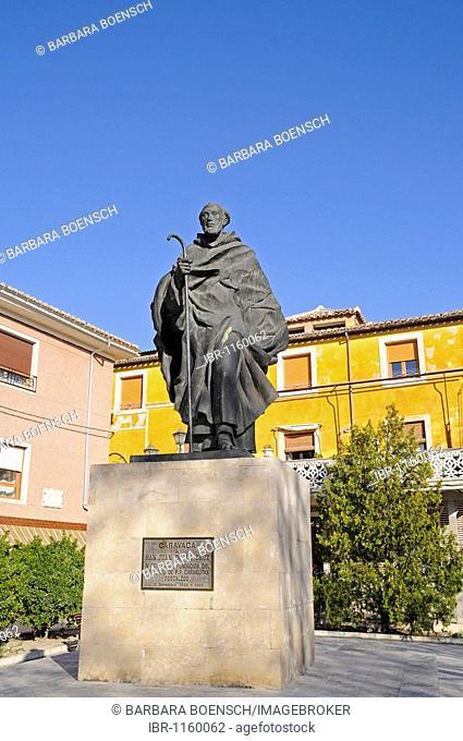 Monument, pilgrim, monk, San Juan de la Cruz, Carmelitas Descazos, Carmelites, Caravaca de la Cruz, sacred city, Murcia, Spain, Europe