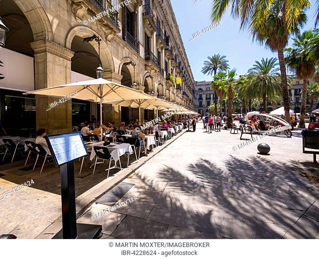 Restaurant, Placa Reial, Gothic Quarter, Barcelona, ??Catalonia, Spain