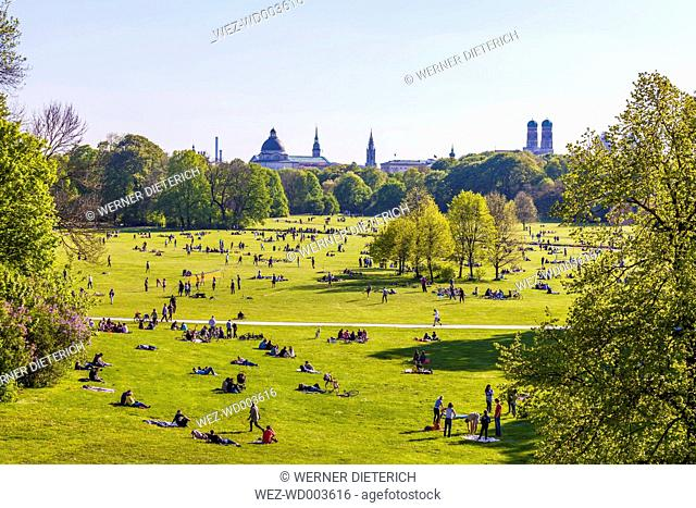 Germany, Munich, English Garden with relaxing people