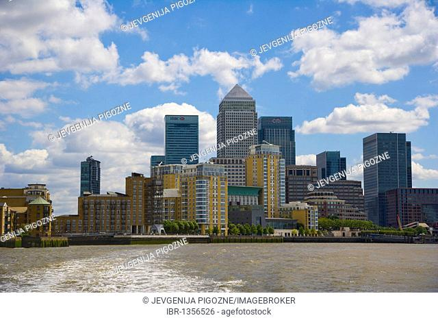 Canary Wharf, view from river Thames, Tower Hamlets, Docklands, London, England, United Kingdom, Europe
