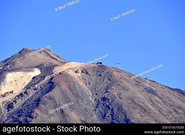 El Teide (3718m) auf Teneriffa mit Seibahnstation