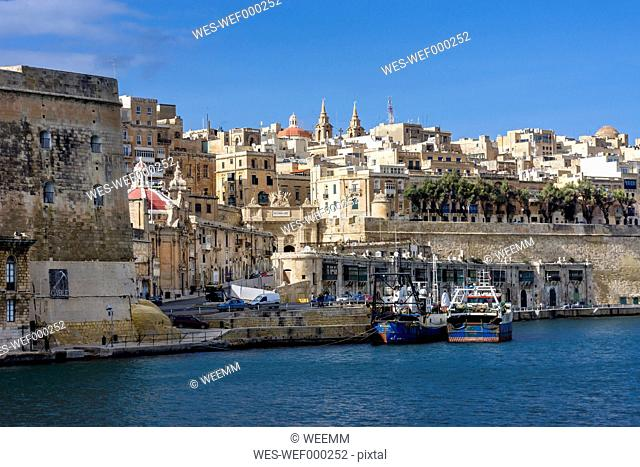 Malta, Valletta, cityscape seen from Grand Harbour