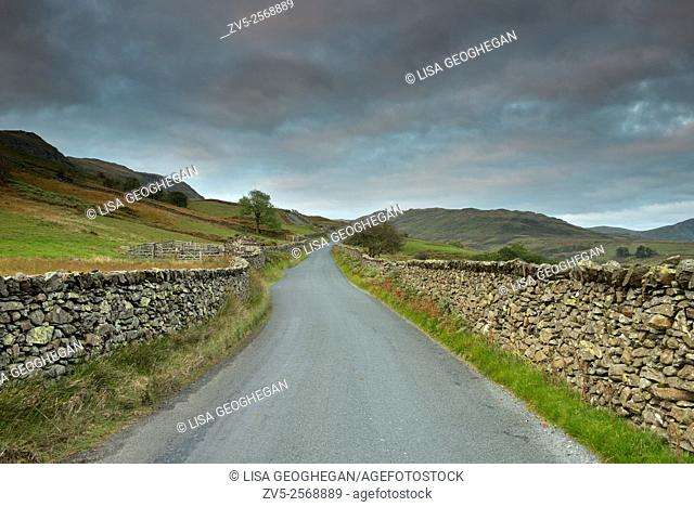 The Struggle, a narrow road which runs from Ambleside, beside Lake Windermere, to the top of the Kirkstone Pass, Lake District, Cumbria, Uk, Gb