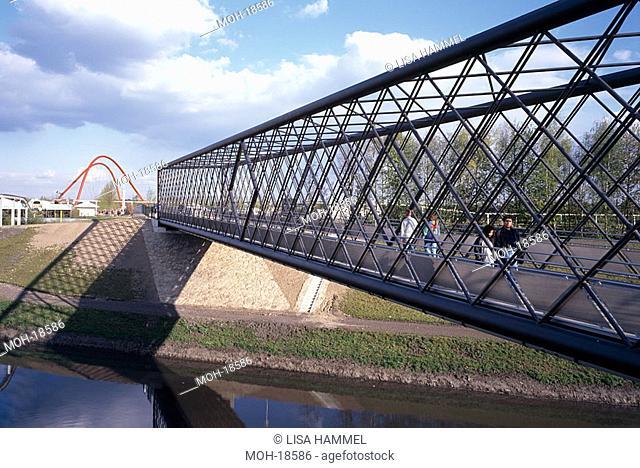 BUGA 97, östliche Fachwerkbrücke mit Doppelbogenbrücke