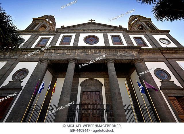 Cathedral Catedral Santa María de los Remedios, San Cristóbal de La Laguna, Tenerife, Canary Islands, Spain