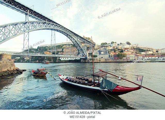 Rabelo boat near Porto's Dom Luis bridge